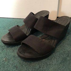 Crocs Leigh 2 strap wedge black size 11